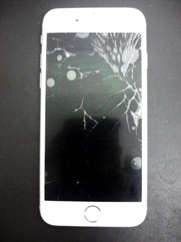iPhone6s ガラス割れ修理